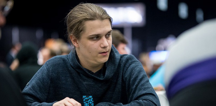 Никлас Астедт выиграл турнир.